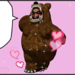 照れる熊の着ぐるみを着たおじさん